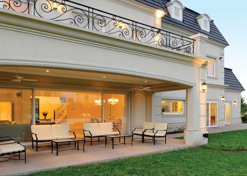 Las 25 mejores ideas sobre decoraci n de terrazas for Casas estilo frances clasico
