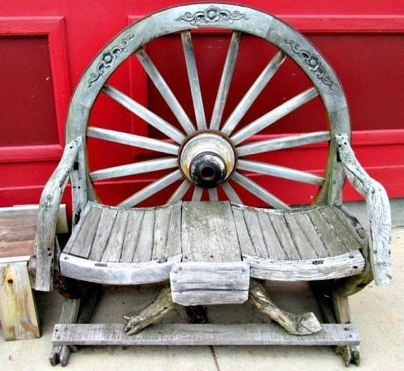 Wagon Wheel Bench Plants And Garden Decor Pinterest