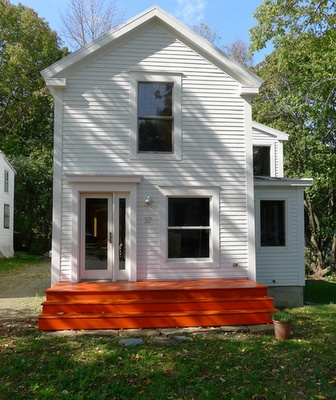 Maine home of Annie Coggan and Caleb Crawfords. Via Design Sponge.: Caleb Crawford, Design Office, Annie Coggan, Office Design, Design Sponge, Orange Porch, White House