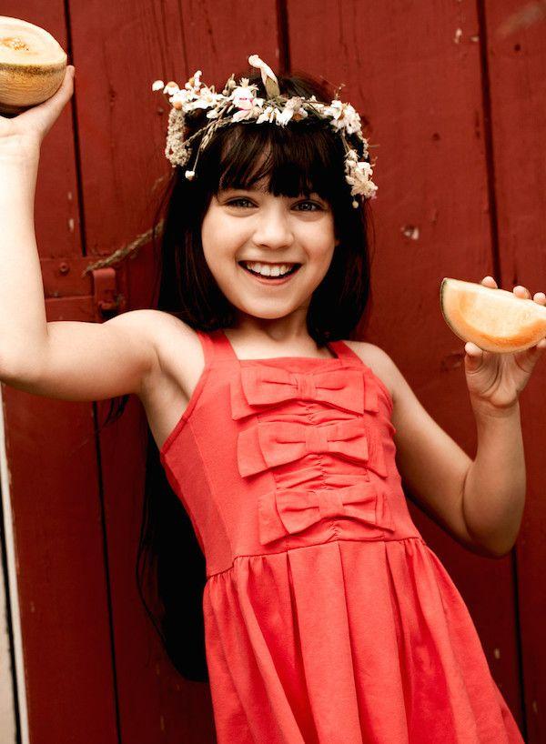 Vestidos de moda y faldas para niñas de la marca Jottum > Minimoda.es