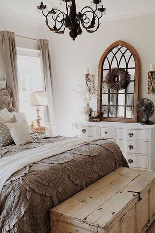 Beautiful Country Style Bedroom Transformation Ideas You Might Choose For Your Farm Country Style Bedroom Farmhouse Style Master Bedroom Master Bedrooms Decor