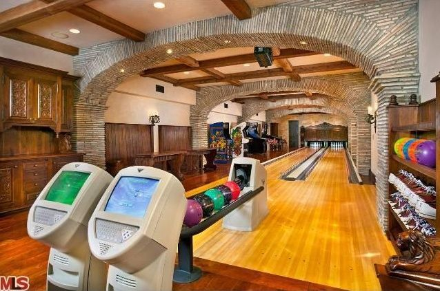Cool Mansions Inside Check Out The Top Bowling Lanes Inside Of