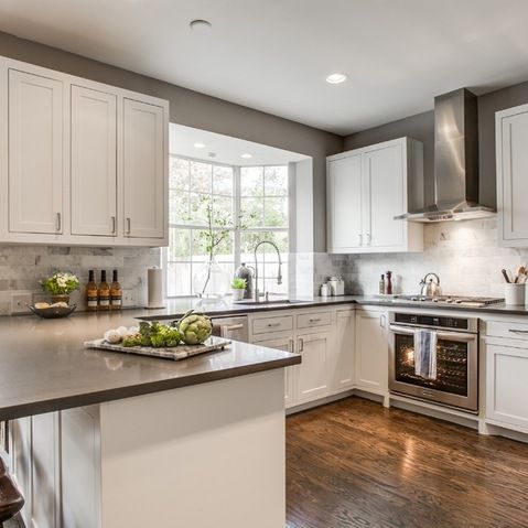 018421f05cc6eeafac0f37c8bd399c45 gray and white kitchen white kitchen cabinets with grey walls