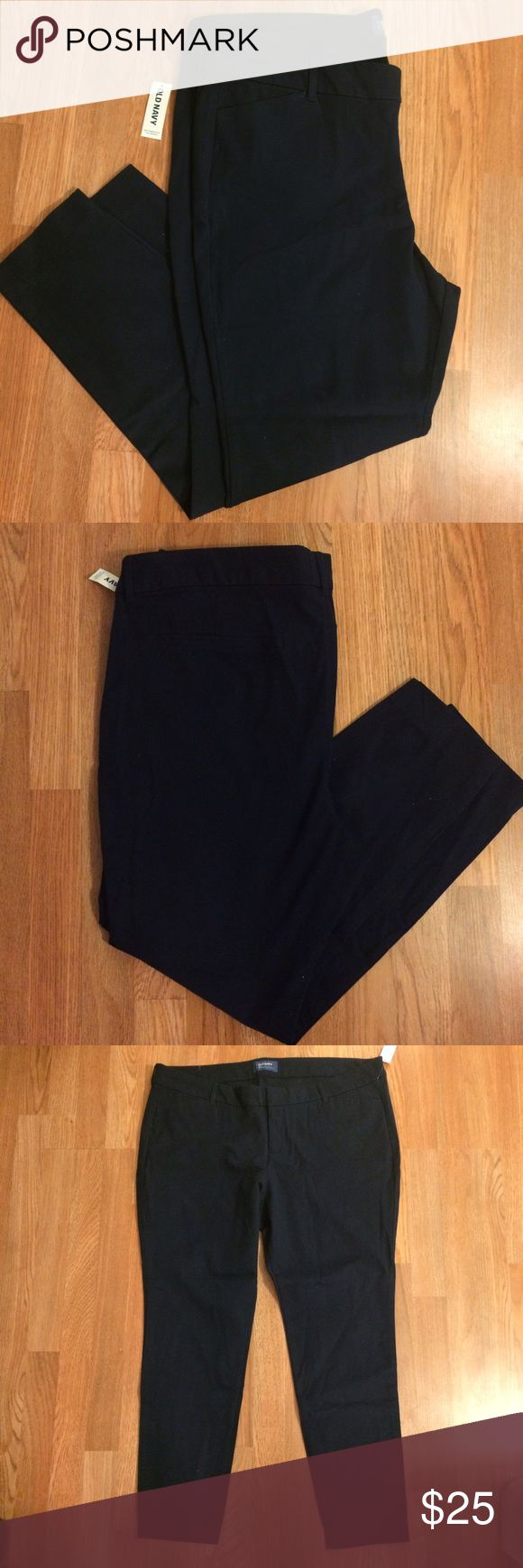 Old Navy Pixie Long   Size: 18 Petite These are Navy Blue Old Navy Pixie Long pants in size 18 short. NWT. Old Navy Pants