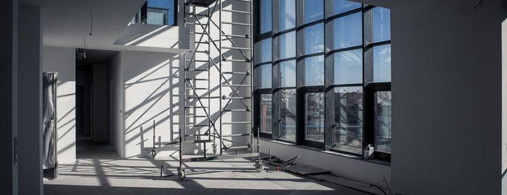 """Zaglądamy do wnętrz budynku """"Wytwórni"""" - czytaj więcej na www.blog.koneser.eu"""