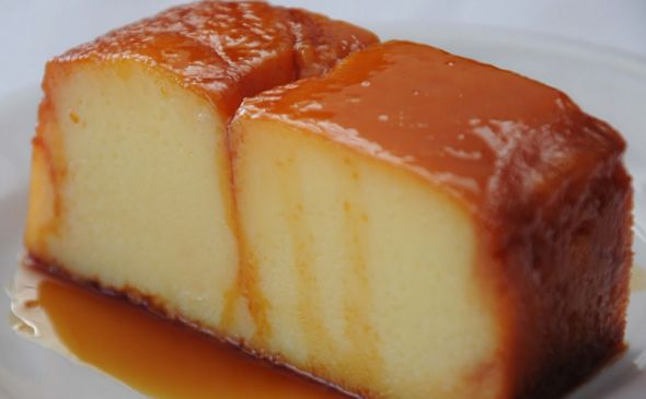 For the flan:  * 5 tablespoons maizena * 1/2 l. milk  * 1/4 cup sugar *  2 egg yolks  *  1 teaspoon vanilla  For Candy: *  100 gr. of sugar *  2 tablespoons water