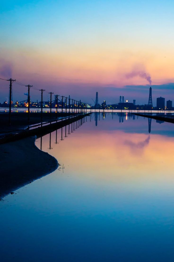 Egawa Coast, Kisarazu, Chiba, Japan   Kaori Shiohata 江川海岸の夕景