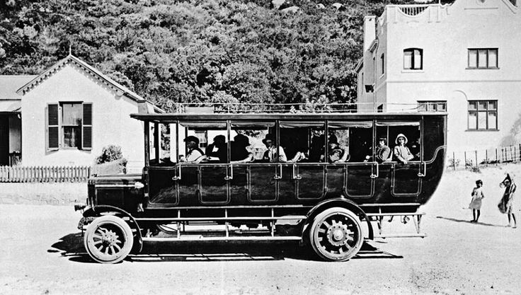 Bus to Wynberg leaving the Beach Hotel, Hout Bay | Shared by Bay Harbour Market via Facebook Copyright Reserved: HiltonT