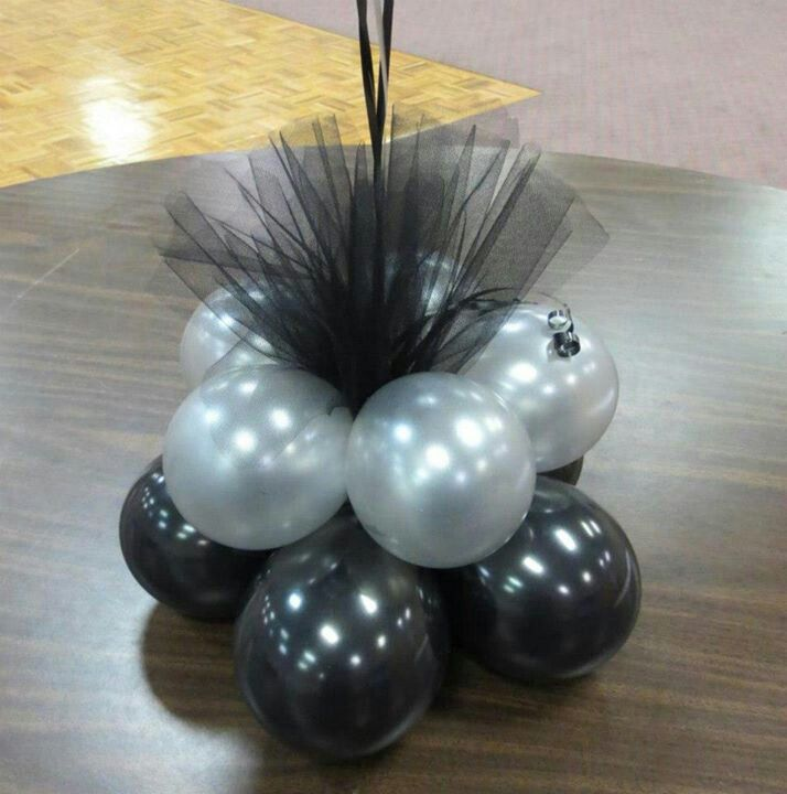 Balloons and Tulle Centre Pieces by www.elegant-balloons.com