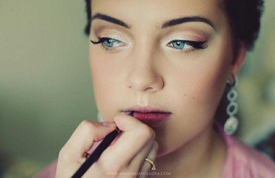 great formal makeup: Natural Makeup, Eye Makeup, Cat Eye, Makeup Tips, Bridesmaid Makeup, Bridal Makeup, Hair Makeup, Wedding Makeup,  Lips Rouge