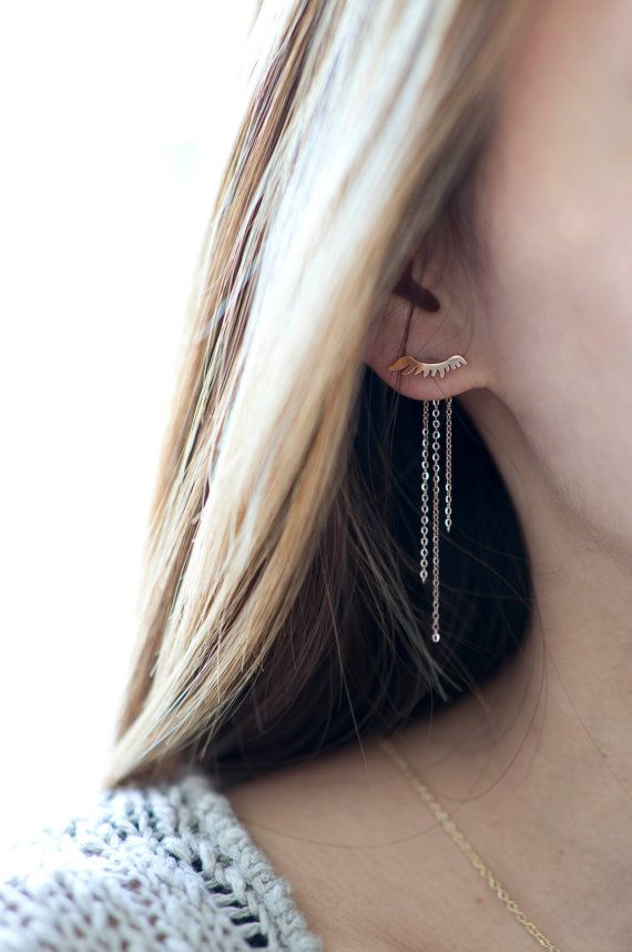 Gorgeous eyelash Ear Jacket in rose gold stainless steel. Dainty delicate jewelry / TYPENU Co