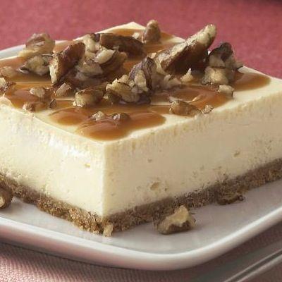 PHILADELPHIA Caramel-Pecan Cheesecake