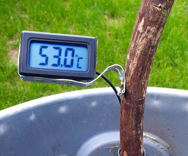 Here are some basic instructions on how to build a $2 compost thermometer using readily available supplies. It looks crappy (in a good rustic kind of way), but works great and uses few materials.You really don't need to read this... I like this design because it's pretty functional, reaches the correct temperature faster, and looks cool, but you could just duct tape everything together in a minute and see if it works for you first. I chose to use a dry fallen tree branch because they are…