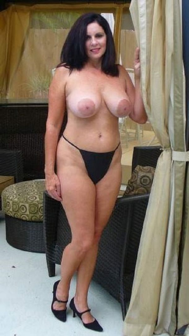Mature wives porn