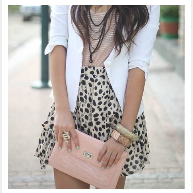 Nice!Colors Combos, Fashion, White Blazers, Skirts, Style, Outfit, Pale Pink, Leopards Prints, Animal Prints