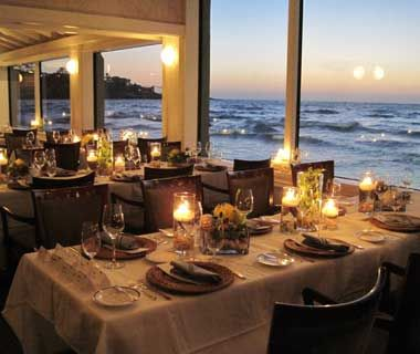 I think I would spend more time staring at the scenery than eating.   Romantic Restaurants: The Marine Room