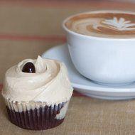 """川崎フロンターレの公式マスコット""""カブレラ""""が甘~いカップケーキに!マグノリアベーカリーから - えん食べ"""