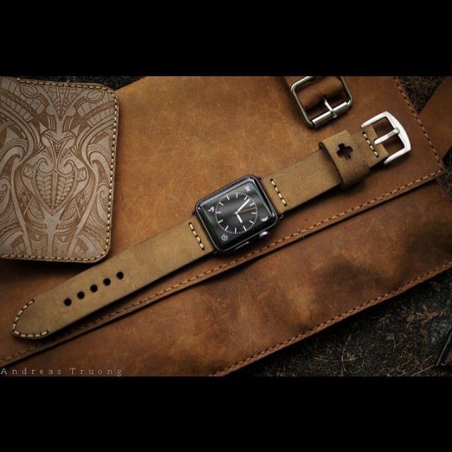 Handmade swiss ammo style vintage brown leather strap-design for #AppleWatch #applewatches incl. lug adapter and buckle. Space grey adapter is now available. Vist my profile or contact me to order  #apple #appleonly #applegermany #appleworldwide #applewatchsport #applewatchedition #iphone #iphoneonly #iphone6plus #iphonedaily #iphoneology #instatime #instawatches #dailywatch #timepieces #womw #watches #wornandwound #watchesofinstagram #horology #watchfam #watchgeek #watchnerd #watchporn by…