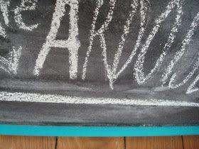 Crafty Bitches - Blog DIY, Couture, Déco, Vintage. Tuto couture, Do it yourself, décoration, rétro.: DIY : Comment faire de la peinture ardoise (et dans toutes les couleurs qu'on veut)