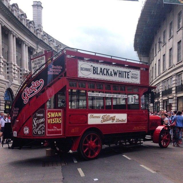 One of the original London buses, circa 1925 - Kiwipauluk