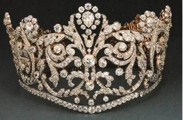Diamond tiara, Later owned by HRH Princess Margaret.