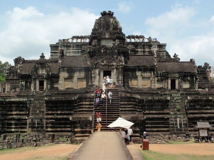 Templo de Baphuon en Angkor, Camboya