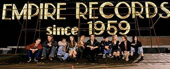 Liv Tyler, Renée Zellweger, Debi Mazar, Robin Tunney, Anthony LaPaglia, Rory Cochrane, Ethan Embry, Brendan Sexton III, Johnny Whitworth, and James 'Kimo' Wills in Empire Records (1995)
