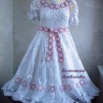 beyaz dantelli elbise