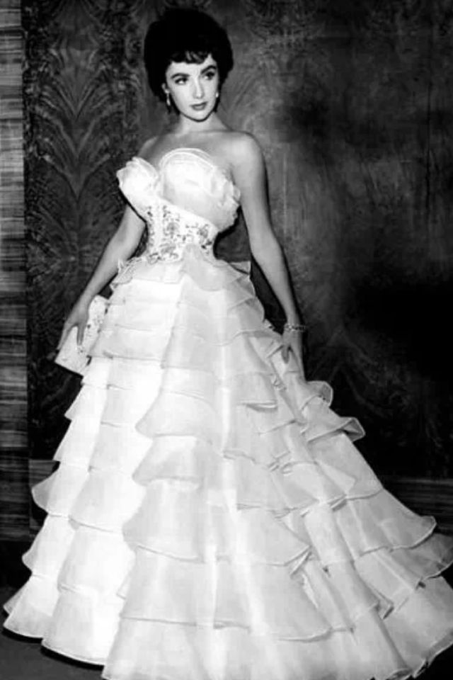Elizabeth Taylor...In Beautiful 1950s Gown...stunning.