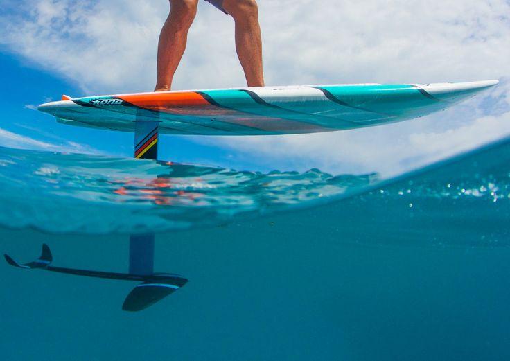 Découvrez le portrait de Rémi Quique, un rider du team F-One qui nous montre dans cette vidéo sa maitrise du Sup Surf Foil