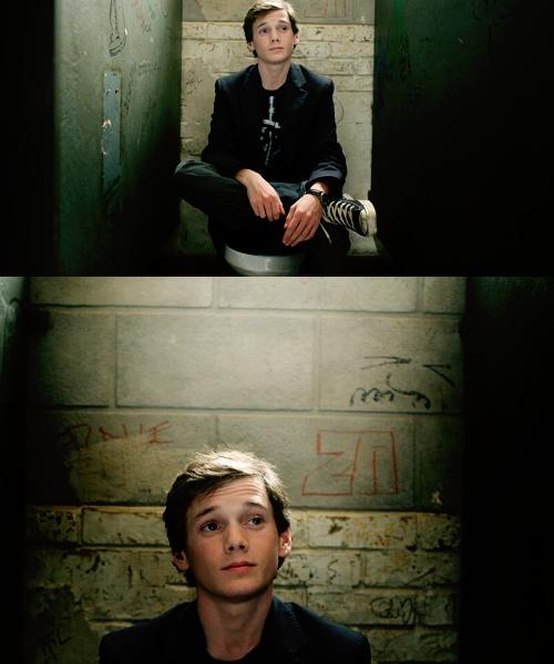 Anton Yelchin in Charlie Bartlett <3