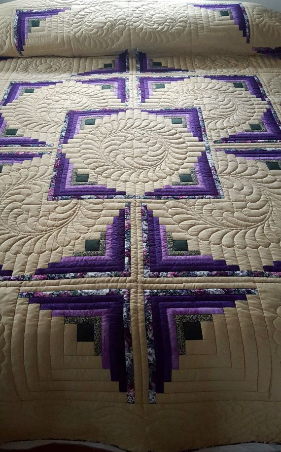 "Log Cabin in the Round Quilt – a Log Cabin pattern variation Imagine rectangular ""logs"" of fabric arranged in such a way as to create"
