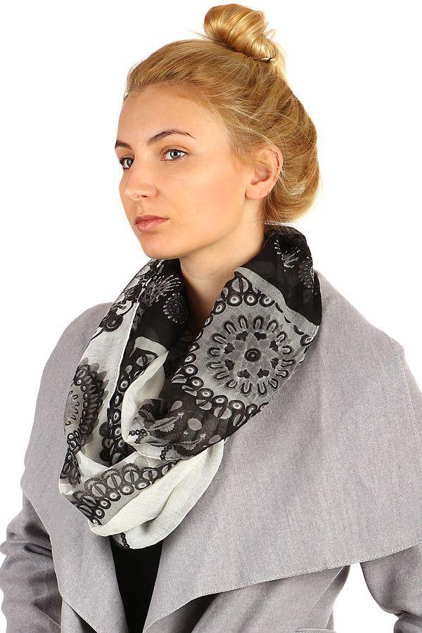 8ea8b013939 Originální dámský kruhový šátek s orientálním vzorem - koupit online na  Glara.cz