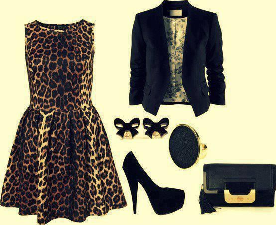 Wedding guest outfit. Simple animal print outfit