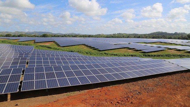 Inauguran 1er parque de energía fotovoltaica en RD; generará 300 empleos directos y mil indirectos