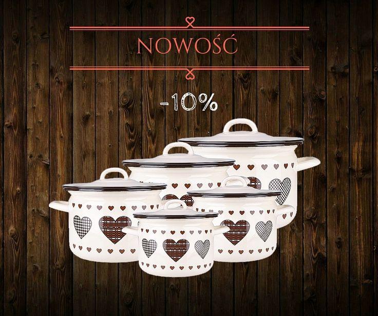 Uwielbiamy klimaciarskie naczynia w kuchni! Więcej u nas!  #garnki #kuchnia #vintage #rustykalnie #akcesoria #dodatki #dom #gotowanie #brąz #serca #heart #emalia #olkusz #retro