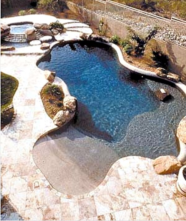 Pool with beach entry and baja bench outdoor livin for Garden oases pool entrance