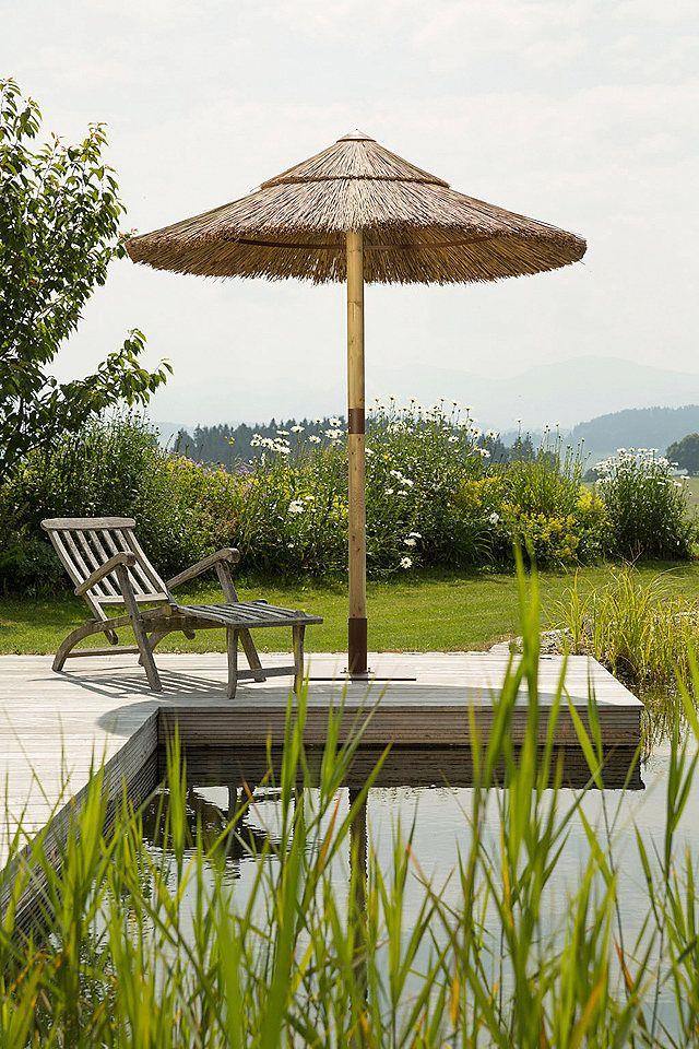 Sonnenschirm »Sambesi« für 599,99€. Strohschirm »Sambesi«, aus den Naturmaterialien Schilfstängel und Kiefernholz, Schirmdurchmesser 200 cm bei OTTO