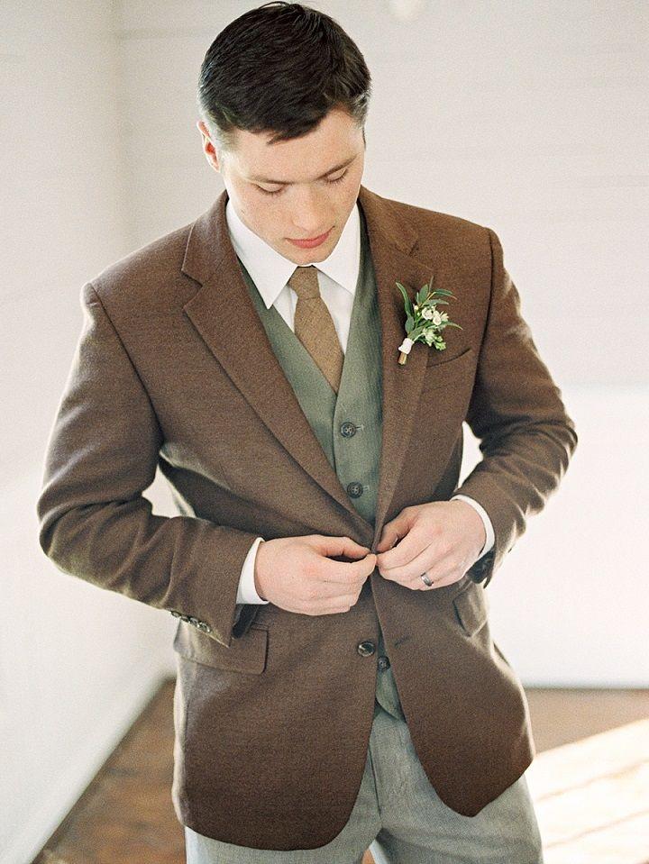 Groom looks smart in rustic fall styled suit | itakeyou.co.uk #wedding #groom #rusticwedding #brown