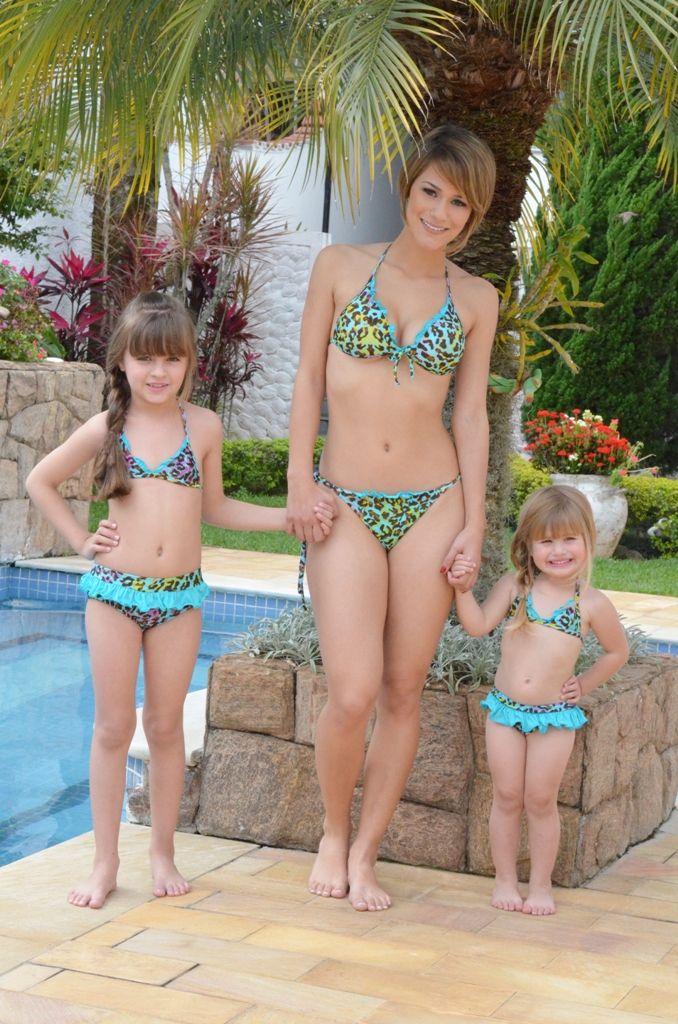 your-daughter-pics-in-bikini-smoke-naked-girls