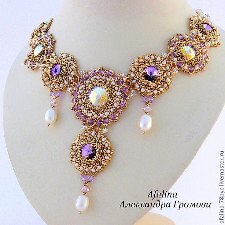 http://cs2.livemaster.ru/foto/large/e3f24864097-ukrasheniya-komplekt-korolevskaya-lavanda.jpg