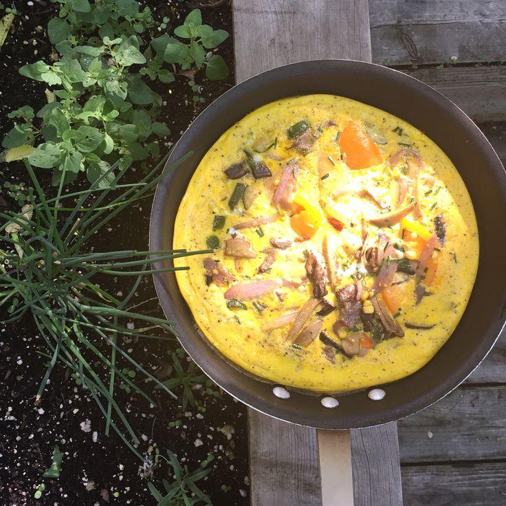 Garden fresh frittata for Queen Gardner and farmer @garlic1424.