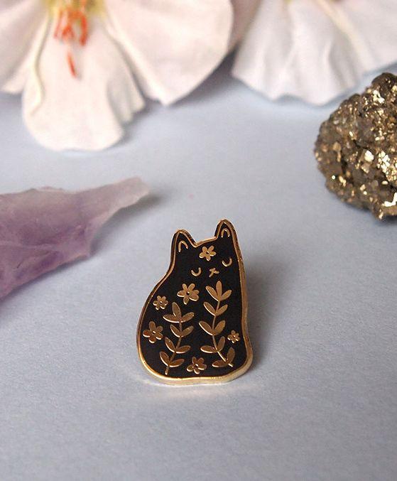 Floral cat hard enamel pin