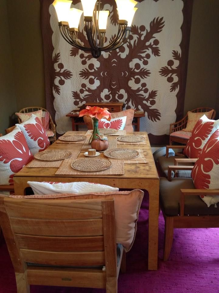 Hawaiian dining room hawaiian quilt on wall hawaiian for Dining room quilter