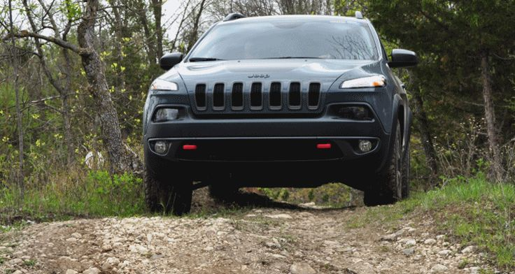 Off-Road Test Review – 2014 Jeep Cherokee Trailhawk On Some Tough and Rocky Trails!