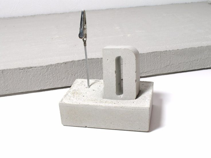 Concrete photo display / memo stand with Concrete alphabet