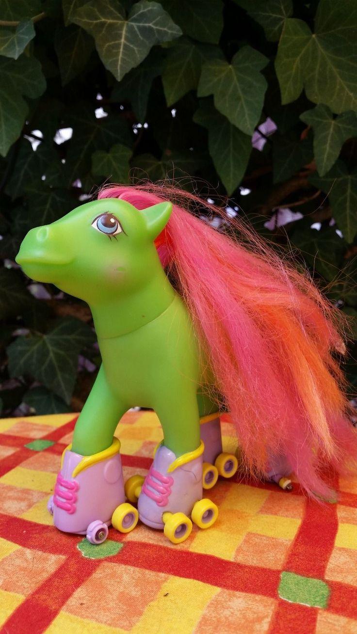 17 best images about 1st gen ponies on pinterest big brothers vintage and my little pony. Black Bedroom Furniture Sets. Home Design Ideas