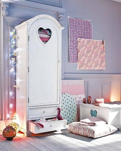 Wall Art For Mens Bedroom Romantic Bedroom Interior Design Bedroom Armoire With Mirror Romantic Bedroom Decor Ideas: Pretty Girly Room