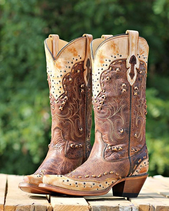 Pickin' Wildflowers Boot by Corral