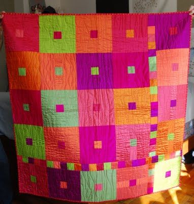 Make It... a Wonderful Life: Kate's Quilt. I love the extra stripes.